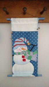mini snowman wall hanging
